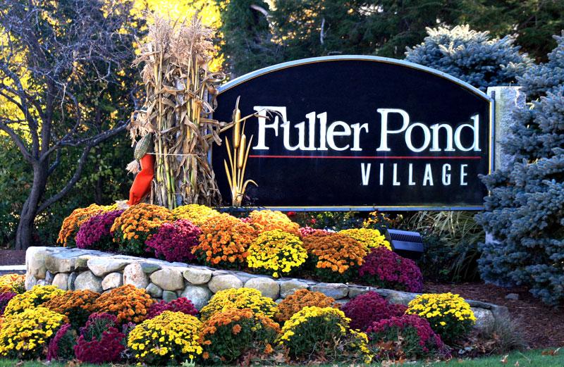 Entrance to Fuller Pond Village
